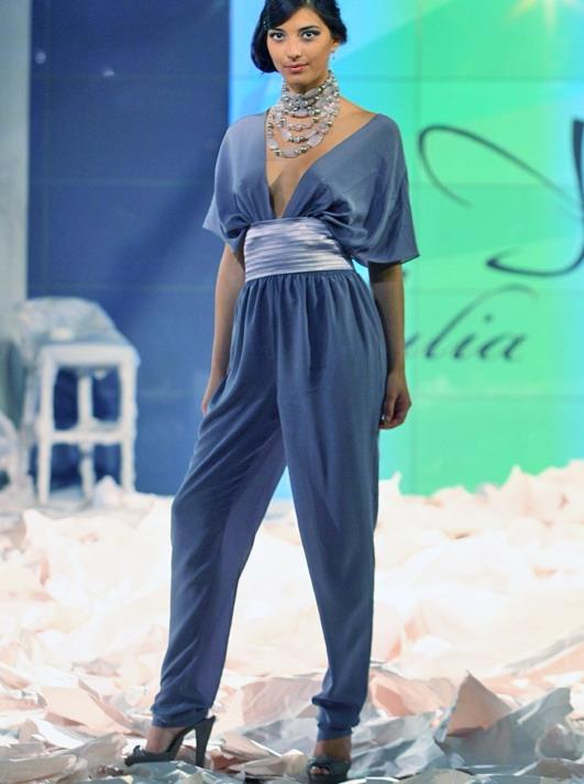 Holiday Fashion Week 2010, коллекция Юлии Айсиной