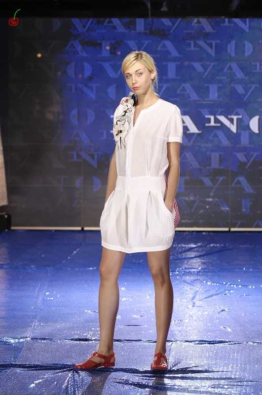 Лена Иванова