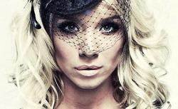 Девушка Блонда: \Я считаю, что женщина просто не имеет права плохо выглядеть!\