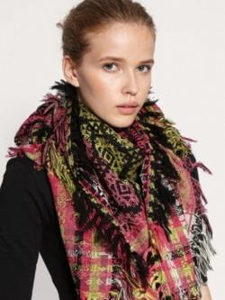 Модные шарфы   зима 2012