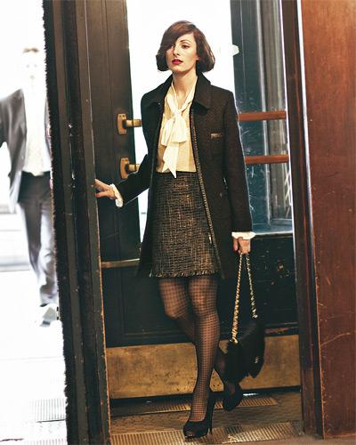 Это одежда, которая полностью отражает Парижский стиль жизни.