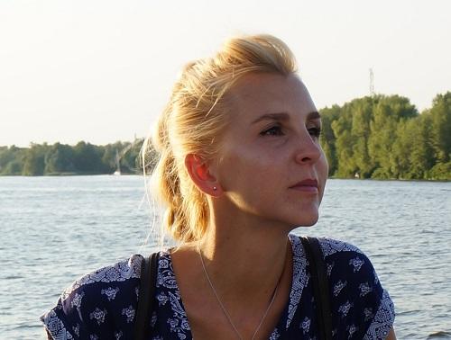 Ольга Скридлевская   мастер по наращиванию ресниц: Вредит не наращивание, а не профессионально выполненная процедура и неправильное снятие искуственных ресниц